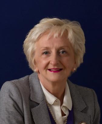 Elizabeth Leah, partner, rhw Solicitors, Guildford